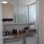 Armário superior banheiro (Copy)